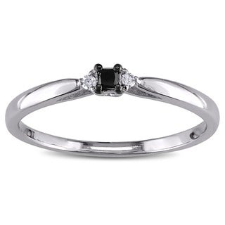 Haylee Jewels Sterling Silver Black and White Diamond Promise Ring