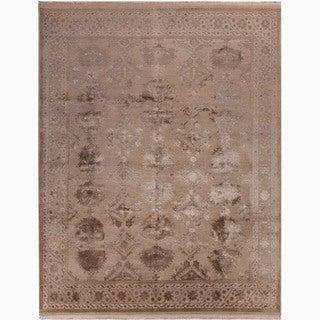 Hand-Made Oriental Pattern Taupe/ Gray Wool/ Silk Rug (10x14)