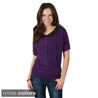 Journee Collection Junior's Short-sleeve Collared Top
