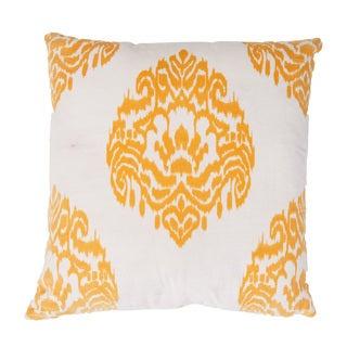 Handmade Yellow Ikat Cotton 20x20-inch Throw Pillow