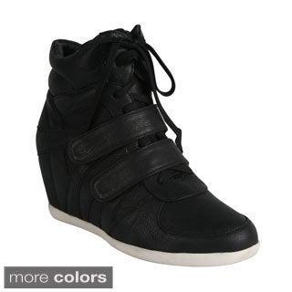 Reneeze Women's 'Beata-4' Lace-up Sneaker Booties