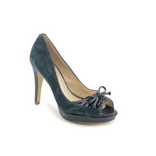 Marc Fisher Women's 'Vicki2' Regular Suede Dress Shoes