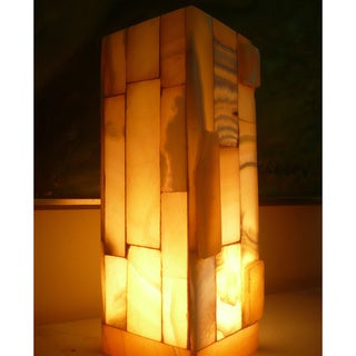 Handmade 11.5-inch Alabaster Accent Lamp (Egypt)