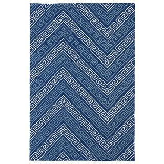 Indoor/ Outdoor Luau Blue Chevron Rug (8'6 x 11'6)