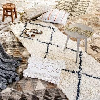 Safavieh Hand-woven Kenya Natural Wool Rug (9' x 12')