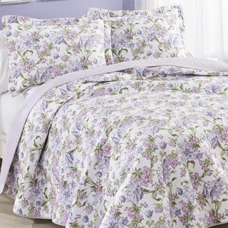 Laura Ashley Sperborne Raspberry Reversible Cotton 3-piece Quilt Set