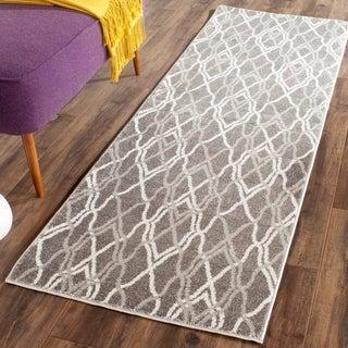 Safavieh Amherst Indoor/ Outdoor Grey/ Light Grey Rug (2'3 x 7')