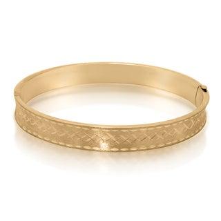 Gioelli 14k Yellow Gold Diamond-cut X Pattern Bangle Bracelet