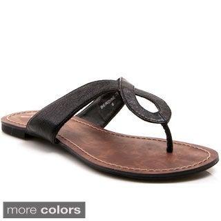 Gomax Women's 'Berdine-79' Keyhole Slip-on Sandals