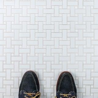 SomerTile 10.5-inch Victorian Basket Weave White Porcelain Mosaic Tile (Pack of 10)