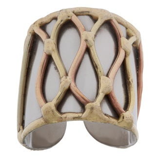 Handmade Mixed Metal Tri-tone Lattice Fashion Ring (India)