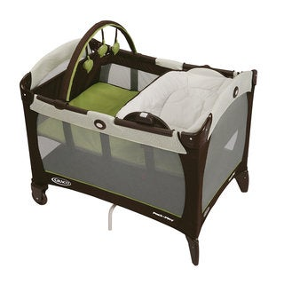 Graco Pack 'n Play with Reversible Napper and Changer in Go Green