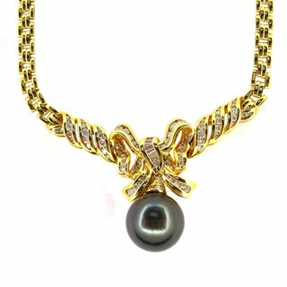Pre-owned Kabella Luxe 18k Gold 1/6ct TDW Vintage Antique Era Diamond Tahitian Pearl Necklace (14-15 mm) (I-J, I1-I2)
