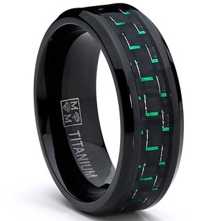 Oliveti Men's Black Plated Titanium Black/ Green Carbon Fiber Comfort Fit Ring (8mm)