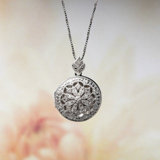 M by Miadora Sterling Silver Vintage Diamond Locket Necklace (H-I, I2-I3)