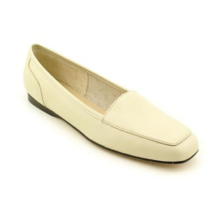 Enzo Angiolini Women's 'Liberty' Leather Casual Shoes - Narrow