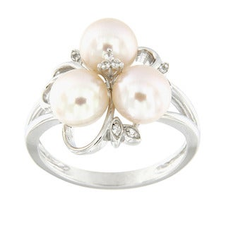 Pearlz Ocean Sterling Silver White Freshwater Pearl and White Topaz Cluster Ring (7-8 mm)