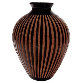Handmade Etched Stripes Decorative Trompo-style Vase (Nicaragua)