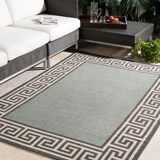 Meticulously Woven Annette Contemporary Bordered Indoor/Outdoor Area Rug (7'3 Round)