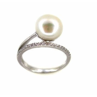 Sterling Silver White Freshwater Button Pearl Cubic Zirconia Ring (9-9.5 mm)
