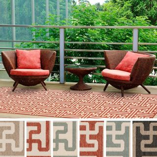 Meticulously Woven Nikki Contemporary Geometric Indoor/Outdoor Area Rug (2'3 x 7'9)