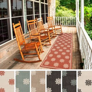 Meticulously Woven Jenna Contemporary Floral Indoor/Outdoor Area Rug (2'3 x 7'9)
