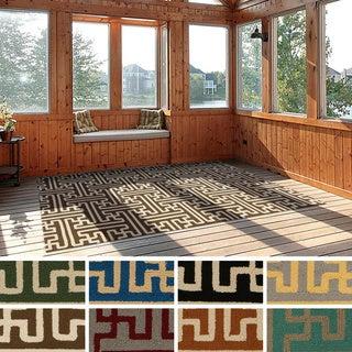 Hand-Hooked Gwyneth Contemporary Geometric Indoor/Outdoor Area Rug (3' x 5')