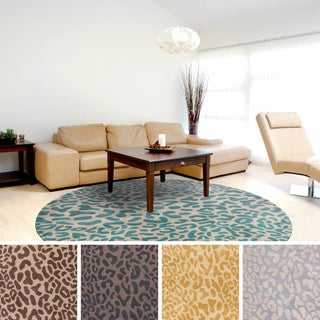 Hand-tufted Jungle Animal Print Round Wool Area Rug (4' x 4')