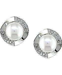 Miadora 14-kt White Gold 1/10ct TDW Diamond Freshwater Pearl Earrings (H-J, I1-I2)