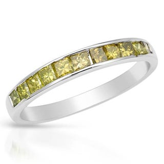 Channel Ring with 0.9ct TW Princess-cut Diamonds in White Gold