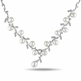 Miadora Silver White Pearl and Cubic Zirconia Necklace (6.5-7 mm)