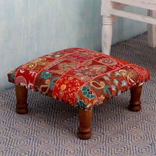 Sheesham Wood Cotton Polyester 'Rajasthan Illusions' Ottoman (India)