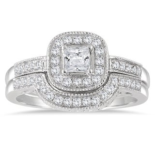 10k White Gold 5/8ct TDW Diamond Halo Bridal Set (I-J, I1-I2)