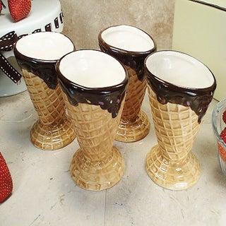 D'Lusso Designs Four Piece Waffle Cone Design Ceramic Mini Ice Cream Cup Set