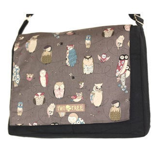 Handmade Medium Black Hoot Owl Messenger Bag