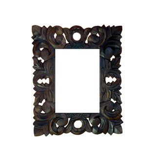 Hand-carved 5x7-inch Wooden Frame (India)