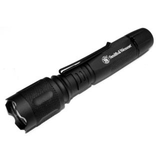 Smith & Wesson XRE-Q2 Elite CREE LED Flashlight
