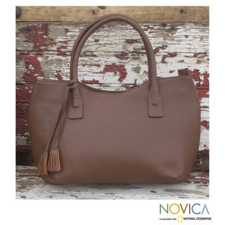 Handcrafted Leather 'Casual Chic' Baguette Handbag (Mexico)