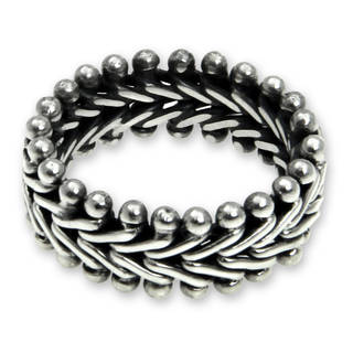 Handcrafted Men's Sterling Silver 'Sultan' Band Ring (Indonesia)