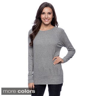Cable and Gauge Women's Sport Raglan Long Sleeve Top with Pleats and Band