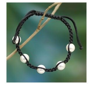 Akoya Pearl 'Purity and Oneness' Shamballa Bracelet (8 mm) (India)