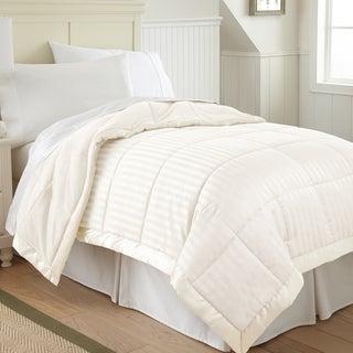 Down Alternative Blanket with Fleece Reverse