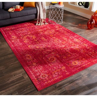 Pantone Universe Expressions Faded Floral Traditional Pink/ Red Rug (9'9 x 12'2)