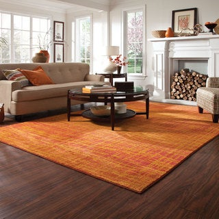 Pantone Universe Expressions Abstract Orange/ Yellow Rug (6'7 x 9'1)
