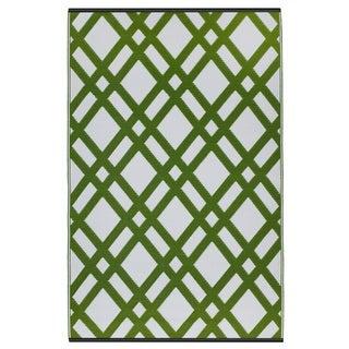 Dublin Lime Green/ White Are Rug (4' x 6')