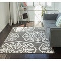Well Woven Mano Shades of Grey Suzzani Bold Grey Polypropylene Rug (7'10 x 9'10)