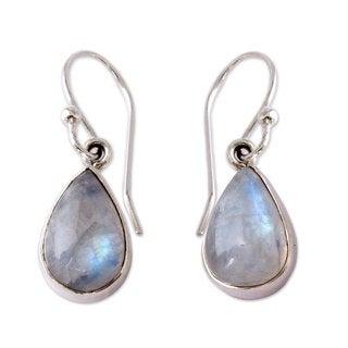 Sterling Silver 'Luminous Light' Moonstone Earrings (India)