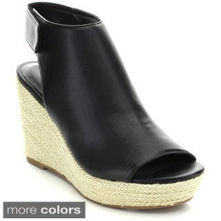 Mark & Maddux Women's 'Cosmo-1' Back Cut-out Wedges