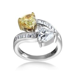 SummerRose Platinum 3 1/5 TDW White and Yellow Diamond Double Heart Ring (G-H, SI1-SI2, G-H, VS1-VS2)