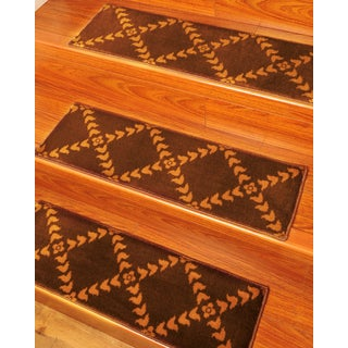 Natural Area Rugs Handcrafted Duke Carpet Stair Tread ('9 x 2'5) (Set of 13)